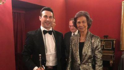 La Reina Sofía y el trompetista Manuel Blanco en el Teatro Real.